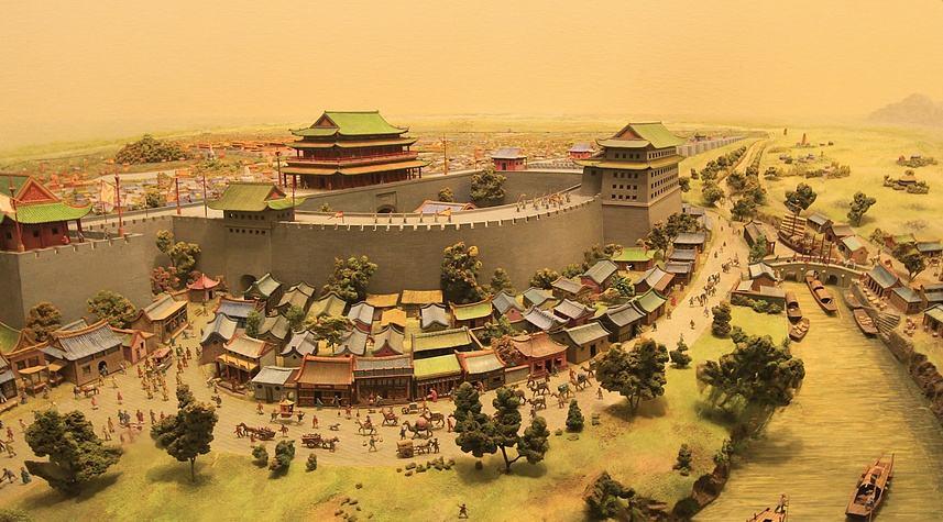 朱棣为什么坚持要迁都北京呢
